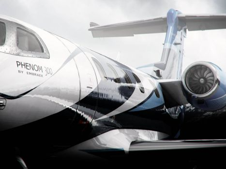 Phenom 300 | Photorealistic visualisations of Embraer's stunning executive jet