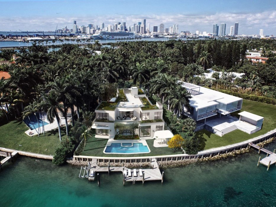 Welcome to Miami | 11 Palm Avenue
